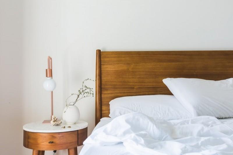 Prowadzisz pensjonat lub masz apartament pod wynajem? Zobacz, wjakie łóżka wyposażyć swój obiekt