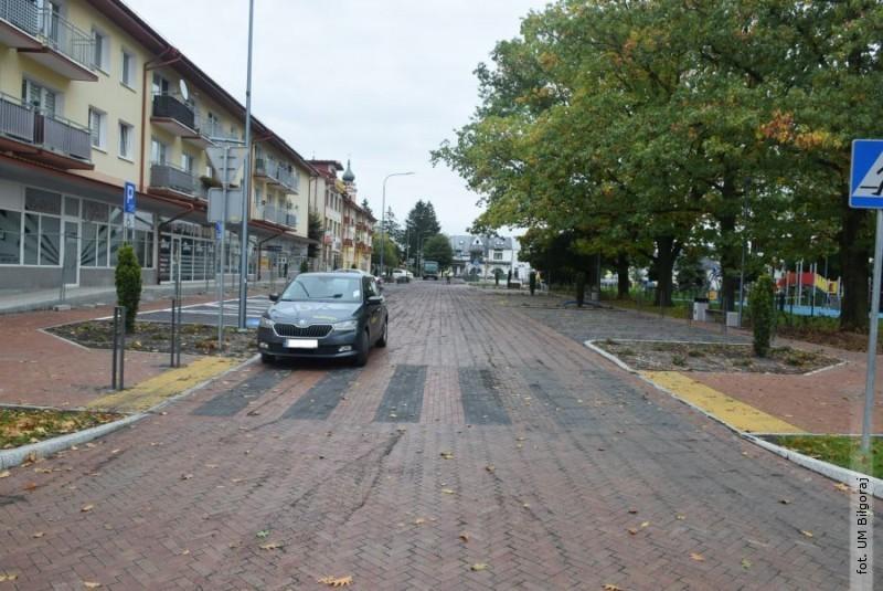 Droga po północnej stronie Placu Wolności przejezdna