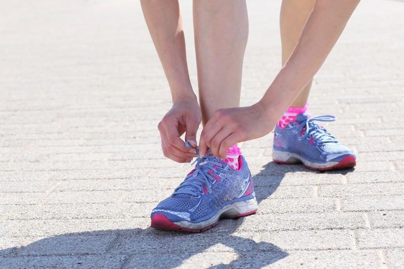 Buty damskie do fitnessu - na co zwrócić uwagę przy wyborze?