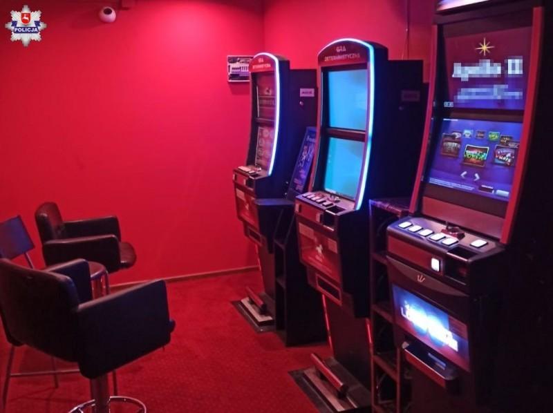 Policja zabezpieczyła nielegalne automaty do gier